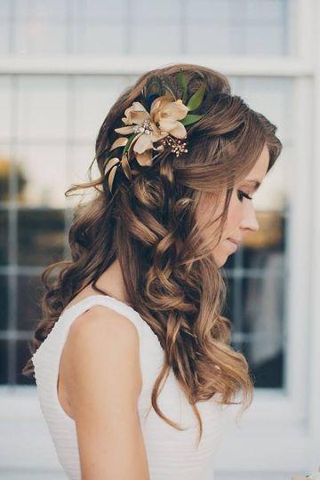melena-novia-flores