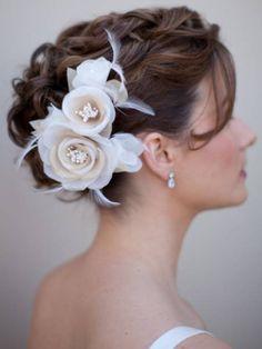 tocado-novia-flores-plumas
