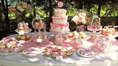 como-decorar-una-mesa-dulce-infantil-L-DwxnQF