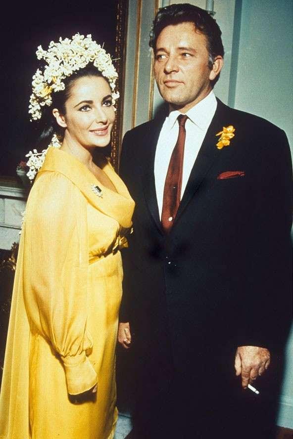 traje-de-novia-en-color-amarillo-de-elizabeth-taylor.jpg