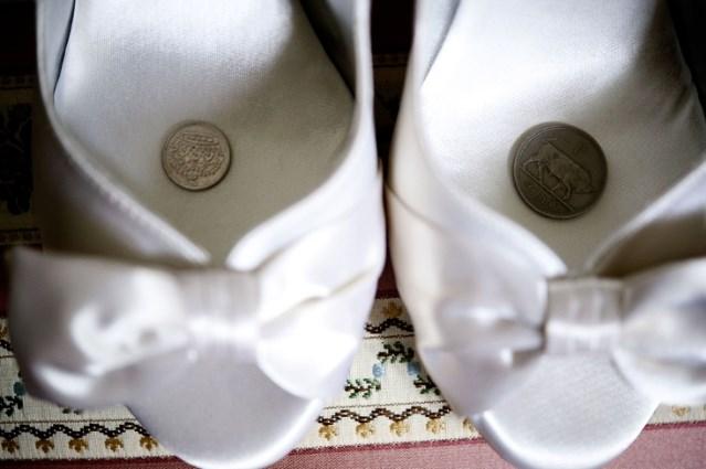 monedas-en-los-zapatos.jpg