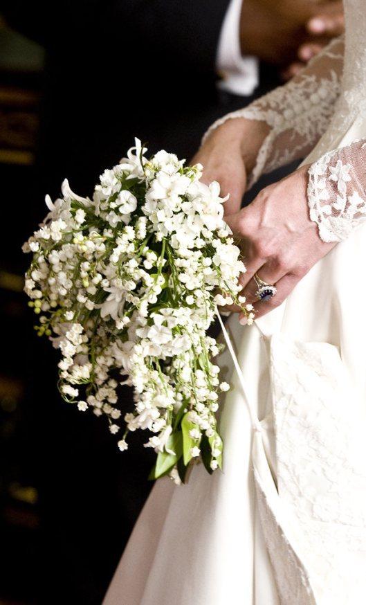 kate-middleton-wedding-bouquet-flowers-royal