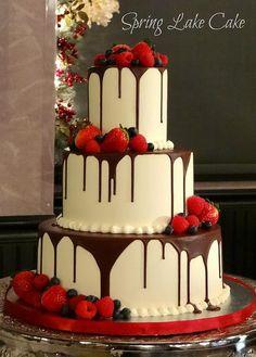 tarta-de-boda-en-rojo