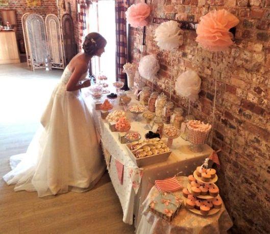Candy bar de boda vía Pinterest