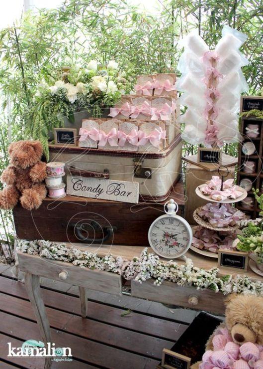 Candy Bar rústico con flores de Pinterest