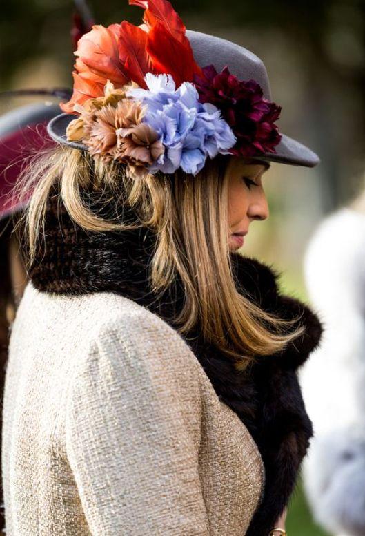 canotier-flores-boda-invierno