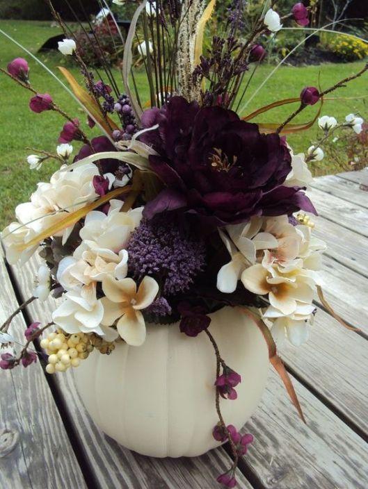 centro-mesa-boda-halloween-calabaza-purpura