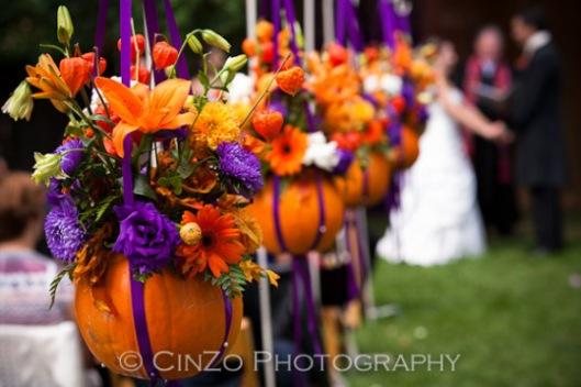 decoracion-boda-naranja-morado