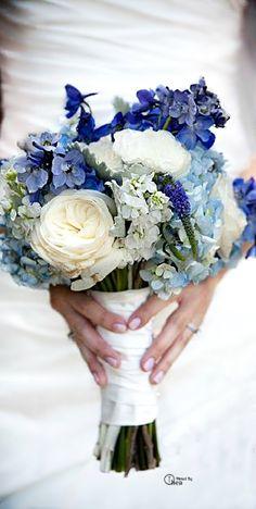 ramo-novia-azul-hortensias
