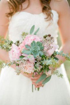 ramo-novia-desestructurado-suculentas-rosa
