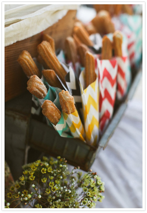 churros-candy-table