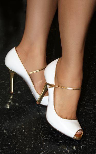 zapatos-toque-dorado