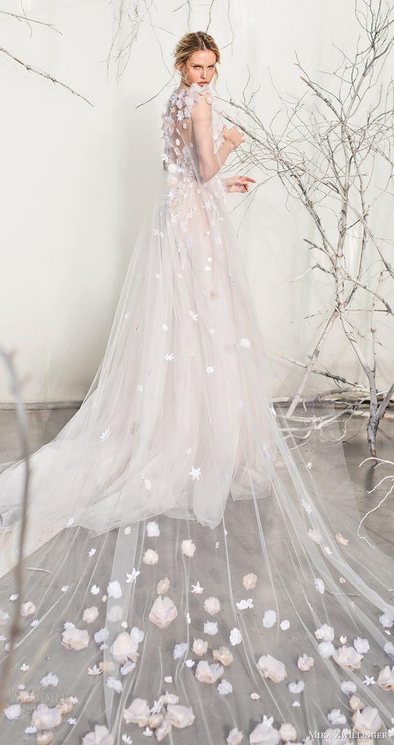 Vestidos de novia con flores pintadas