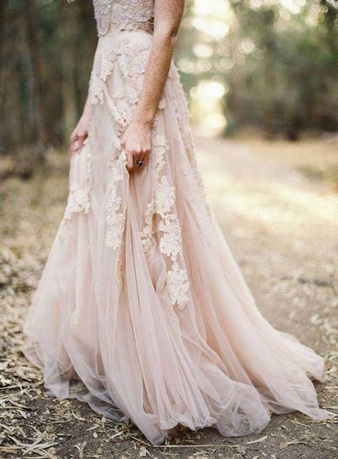 vestidos de novia con flores 3d   innovias