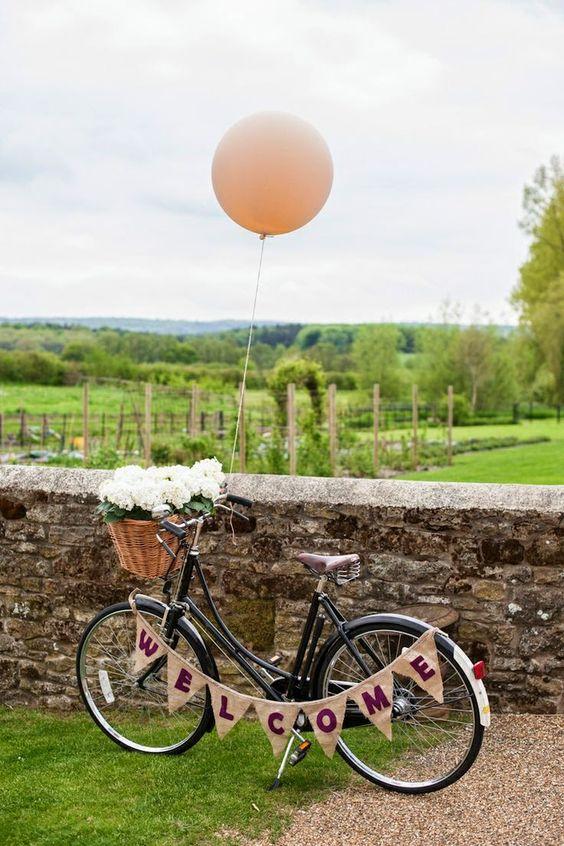 bicicleta para la decoracin de boda estilo vintage visto aqu