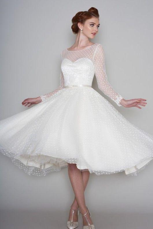 4deb083b47 Vestido de novia estilo Pin Up visto en Pinterest.