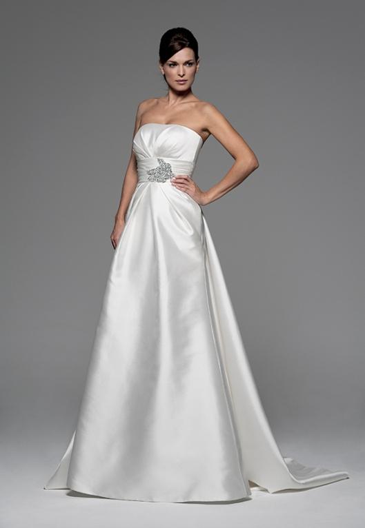 vestidos de novia palabra de honor | innovias