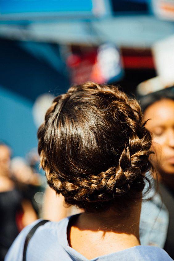 Peinados para boda con trenzas cabello corto