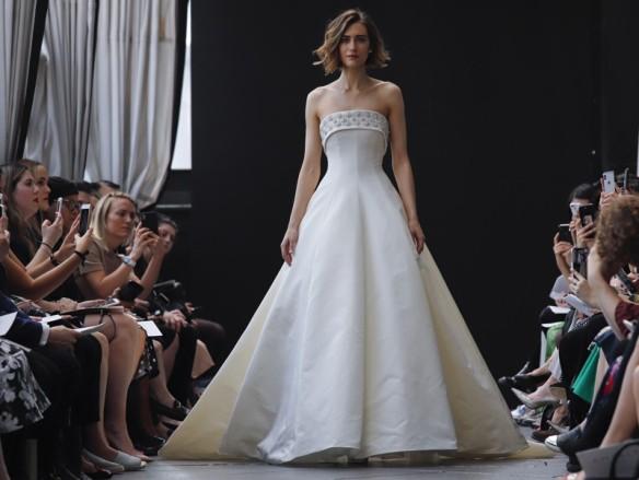 vestidos de novia con flores   innovias