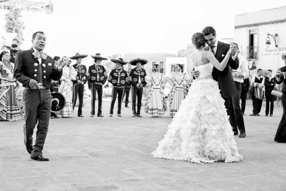 inspiración innovias. ¿mariachis en tu boda? lista de canciones