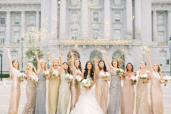 Novia con sus amigas y damas de honor. Foto: This Love of Yours Photography