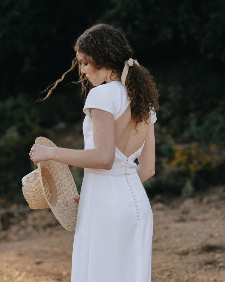 Novia con coleta. Foto de Oui Novias