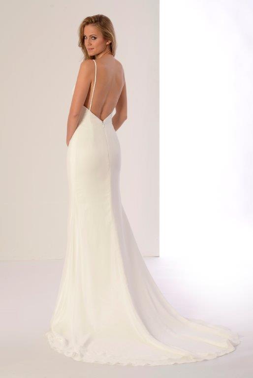 Vestido de novia Plumilla de Innovias.