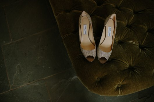 Zapatos de novia. Foto de Tom The Photographer