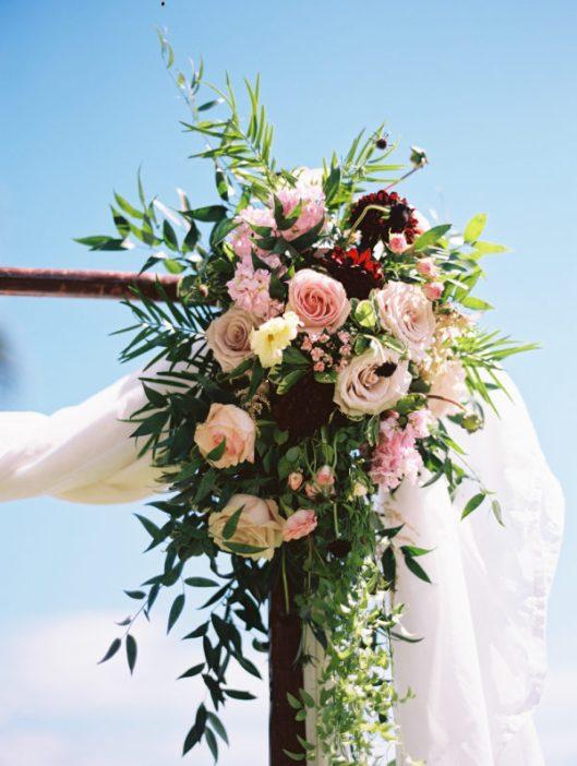 Detalle floral en la ceremonia. Foto: Wendy Laurel