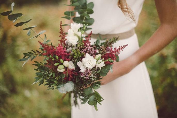 Ramo de novia con eucalipto. Foto: Brumalis