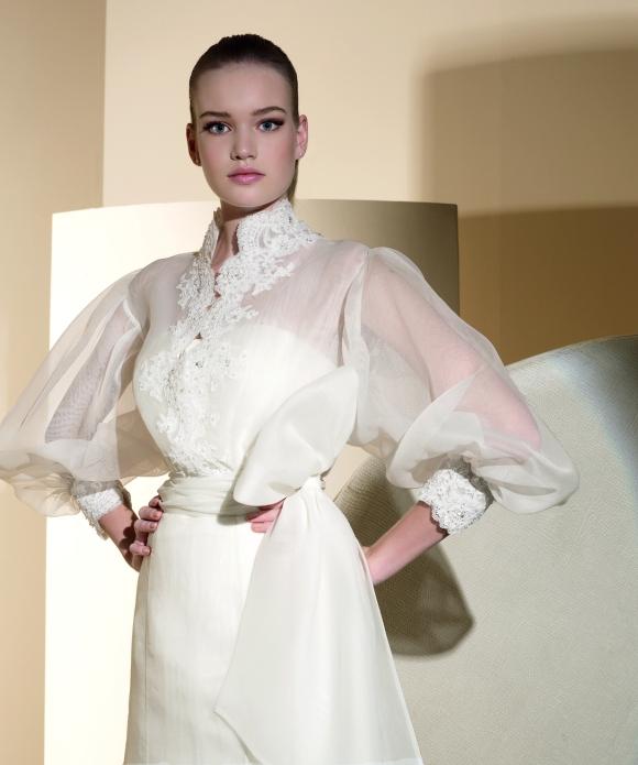 Bolero en organza del vestido de novia 420 de Innovias