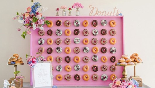 Tablón de donuts. Foto: Instagram Kalm Kitchen LTD