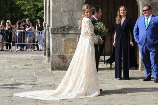 María Pombo a la entrada a la ceremonia. Foto: Famosos Love