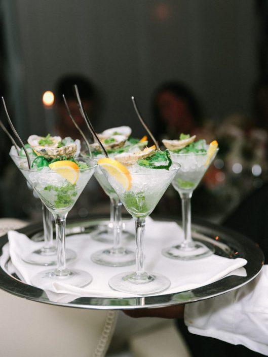 Cócteles en la boda. Foto: Luna de Mare Photography