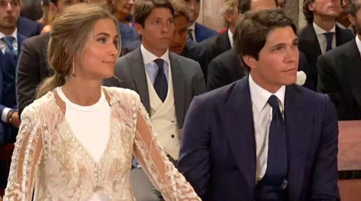 María Pombo y Pablo Castellano en la ceremonia. Foto: El Periódico